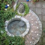 Das Becken mit Mosaikauskleidung wurde speziell zum Wassertreten konzipiert. (Ausführung: Volker Schwerteck)